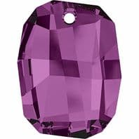 Swarovski 6685 Graphic Pendant 19mm Amethyst