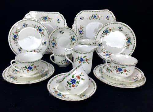 Shelley Tea Set Chelsea 11280 For 4 People / Trio / Vintage 20th Century / Cup