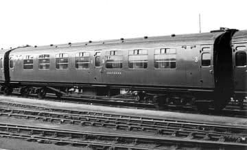 "34-750 Bulleid Corridor Composite (10"" Vents) Southern Railway Malachite Green Pre Order £TBA"
