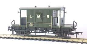 37-537X Exclusive Longmoor Military Railway Brake Van Green