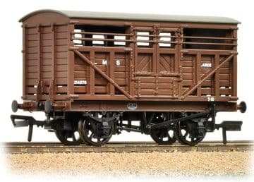 37-708A 12 Ton LMS Cattle Wagon LMS Brown