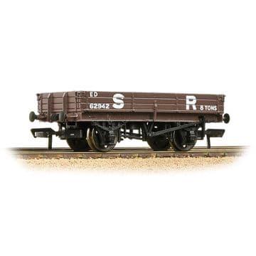 37-935 3 Plank Wagon SR Brown Pre Order £16.15