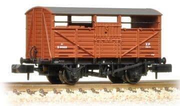 373-260C 8 Ton Cattle Wagon BR Bauxite (Early)