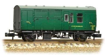 373-362A BR Mk1 Horse Box SR Green