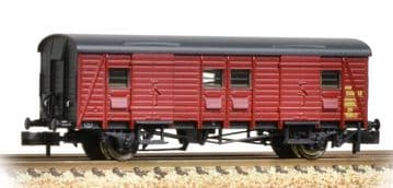 374-415 Southern PL Passenger Luggage Van BR Crimson ##Out Of Stock##