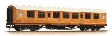 376-250 Thompson 3rd Class Corridor LNER Teak Pre Order £35.75