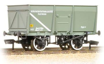 377-452 16 Ton Slope Sided Mineral Wagon 'Boston Deep Sea Fishing'