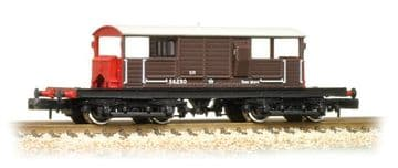 377-875A 25 Ton Queen Mary Brake Van SR Brown Small Lettering ##Out Of Stock##