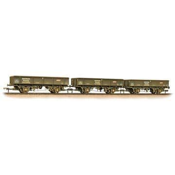 38-105 Triple Pack 34 Tonne PNA Wagons Railtrack 5 Rib Weathered ##out of stock##
