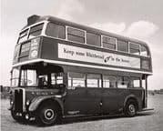 40301 Cravens RT London Transport Green & Cream livery Pre Orders £33.99