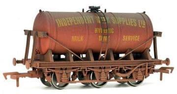 4F-031-012 6 Wheel Milk Tanker Independent Milk Supplies Weathered