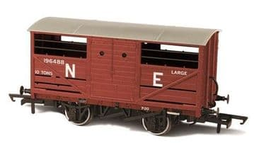 76CAT003 Cattle Wagon LNER 196488 ##Out Of stock##