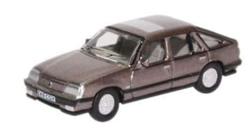 76CAV003 Vauxhall Cavalier China Blue