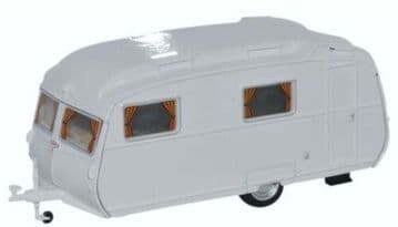 76CC002 Carlight Continental Caravan Arctic White ##Out Of Stock##