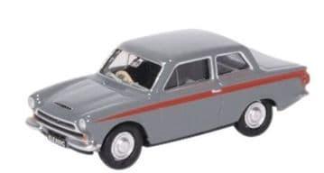 76COR1008 Ford Cortina MkI Lombard Grey/Red
