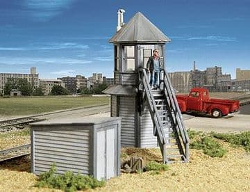 933-2944 Gateman's Tower & Shed