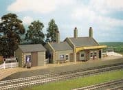 CK17 Country Station, Stone Built