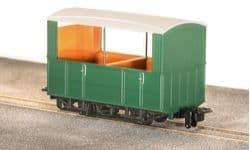 GR520UG GVT 4-wheel open side coach, plain green