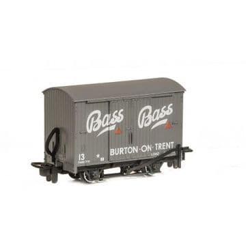 GR901 Box Van Bass Brewery