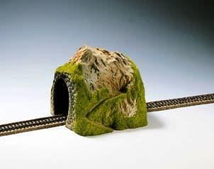 N02120 Straight Single Track Tunnel