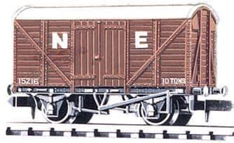 NR43E Box Van, Standard type, NE, brown ##Out Of Stock##