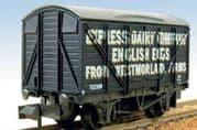 NRP133 Box Van, Express Dairy English Eggs
