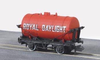 NRP163 PETROL TANK WAGON ROYAL DAYLIGHT