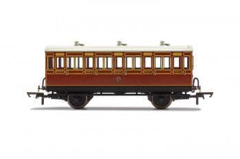 R40116A LBSCR 3rd Class 5 Door 4 wheel coach. Oil lamps + step boards 881 - With Lights
