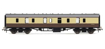 R4626 Railroad BR MK1 Parcels coach chocolate & cream £18.99
