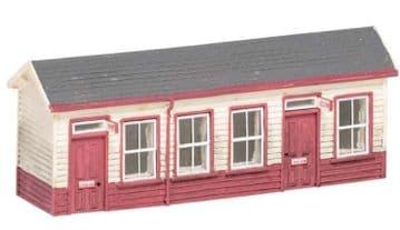 R7233 Hogsmeade Station, Waiting Room