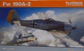 EDK82146 1/48 Focke Wulf Fw190A-2 Profipack