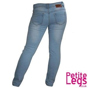 Daysie Light Wash Skinny Jeans | UK Size 6/8 | Petite Leg Inseam 28 inches | With Free Belt