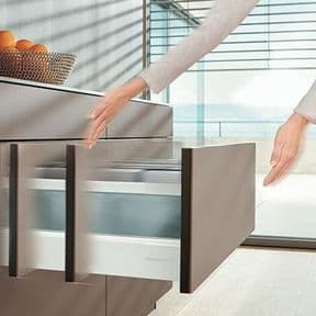 Blum Drawer with Push to Open & Softclose Runners
