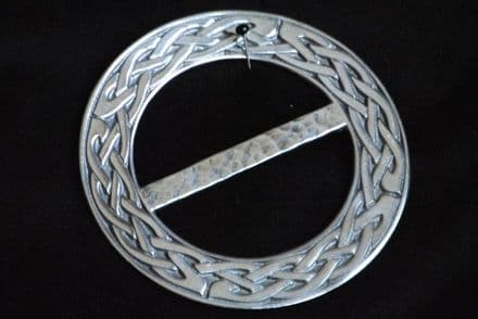 """Ladycrow Pewter Scarf Ring """"Celtic Knot"""""""